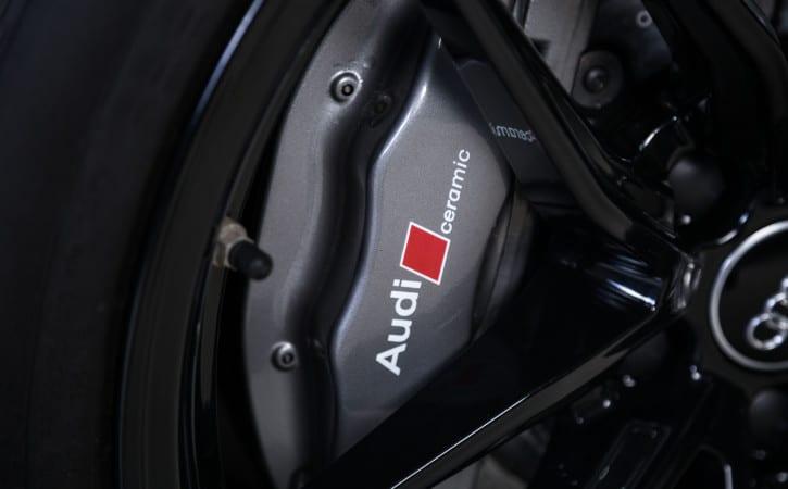 Audi-Ceramic-Calipers-GVE-London-CALIPER-COLOUR-CHANGE-SERVICE-Customise