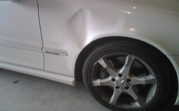 Mercedes-GVE-London-SUPERCAR-BODYSHOP-DENT-REMOVAL