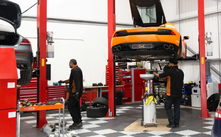 Lamborghini-Huracan-Servicing-GVE-London