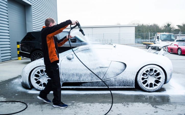 Bugatti-Veyron-GVE-London-SUPERCAR-MAINTENANCE-&-WASH-SERVICES