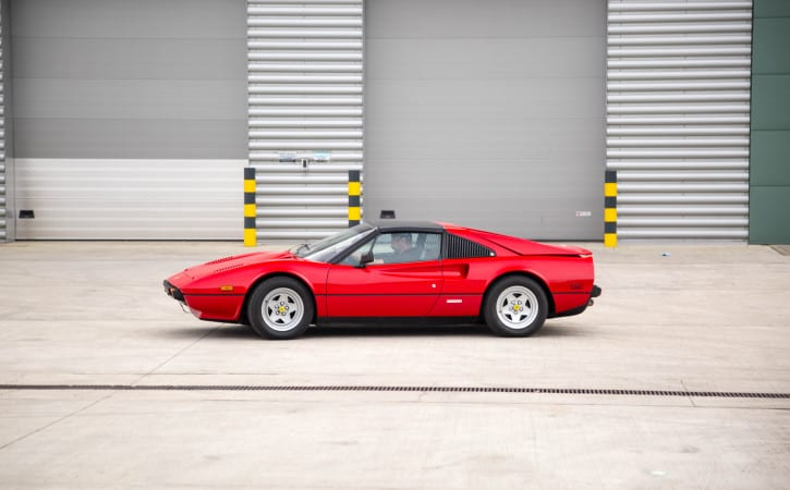 Classic-Ferrari-GVE-London-SUPERCAR-CAR-BODY-REPAIR-WEST-LONDON