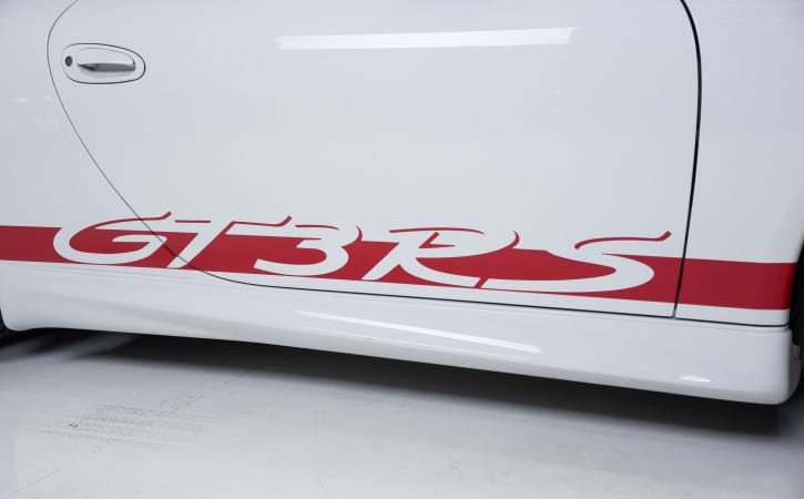 White-Porsche-GT3-RS-Red-Decals-Close-Up-GVE-London-SUPPLY-and-FITTING-DECALS