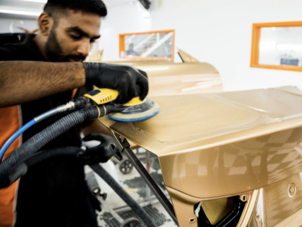How to choose a Car Bodyshop | GVE Bodyshop | West London Supercars