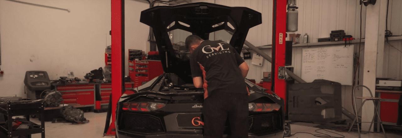 Servicing Wilfried Zaha's New Aventador | Lamborghini Servicing