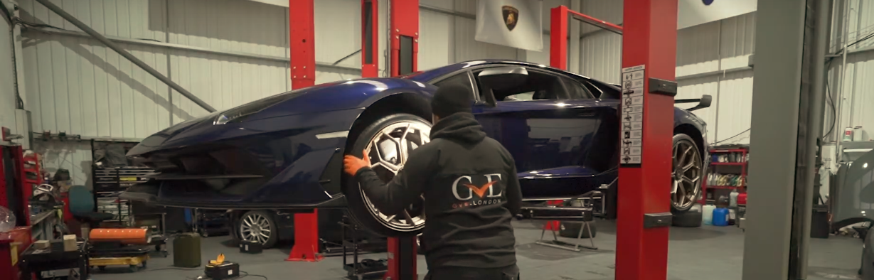 Lamborghini Aventador Health Check | Supercar Servicing | West London